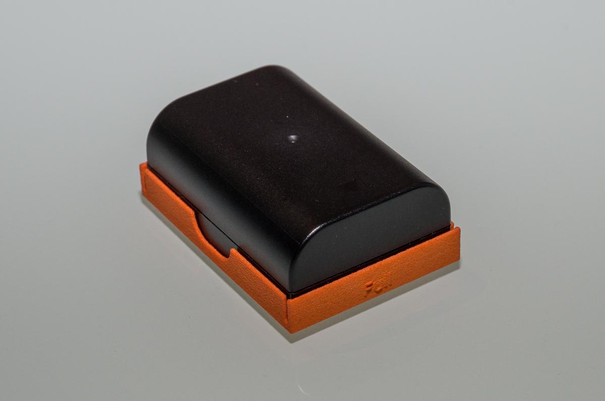 Pentax Akku Schutzkappe jetzt in neuen Farben